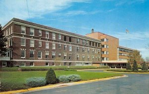 COMMUNITY GENERAL HOSPITAL Sterling, Illinois Chrome Vintage Postcard