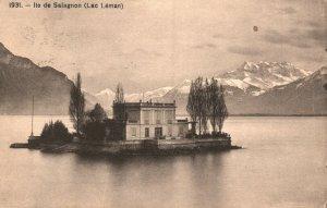 Vintage Postcard 1910's Lle de Salagnon Lac Leman Home in Middle of Lake