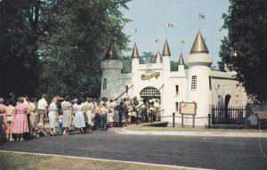 Storybook Gardens, London , Ontario , Canada , 1940-60s : Entrance Castle