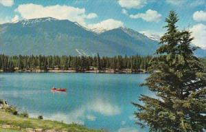 Canada Lac Beauvert Jasper Alberta