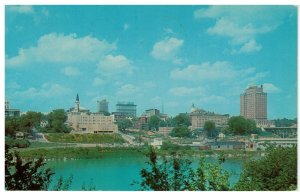 Postcard - Skyline of Knoxville, Tennessee & Smokey Mountains