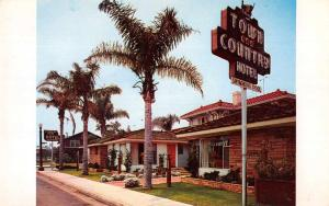 Huntington Park California view of Town and Country Hotel vintage pc Z43909