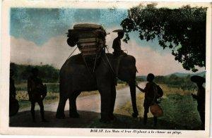 VIETNAM INDOCHINE - Dalat - Les Mois et leur éléphant a la chasse (190112)