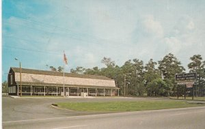 MYRTLE BEACH , South Carolina , 50-60s ; Cape Craft Pine Store
