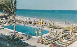 MIAMI BEACH , Florida , PU-1955 ; Sun City Apartments , Swimming Pool