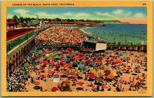 1940s Santa Cruz, CA Postcard Crowds on the Beach Bathing Scene / Pier Linen