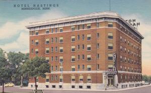 MINNEAPOLIS, Minnesota, 30-40s ; Hotel Hastings