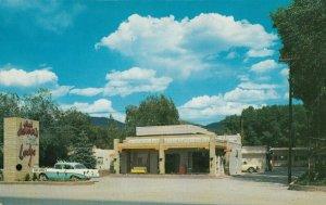 TAOS , New Mexico , 1950-60s ; Motor Lodge