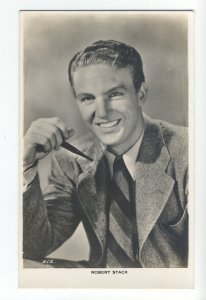 b4110 - Film Actor - Robert Stack - postcard