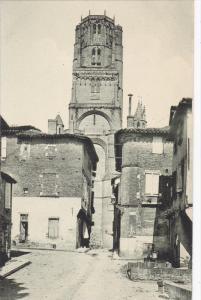ALBI, Tarn, France; 1900-1910´s; La Rue Du Castelviel Et La Cathedrale