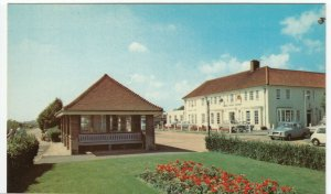 Essex; Kings Cliff, Holland On Sea PPC By FW Pawsey, Unused, c 1970's