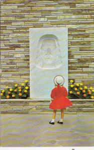 Tennessee Gatlinburg Christus Scene In Fountain Gardens