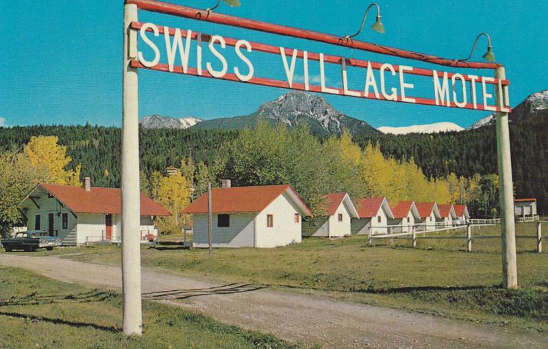 GOLDEN , B.C. , Canada , 1950-60s ; Swiss Village Motel