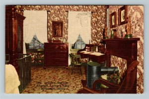 Springfield IL-Illinois, Abraham Lincoln's Bedroom at Home, Linen c1957 Postcard