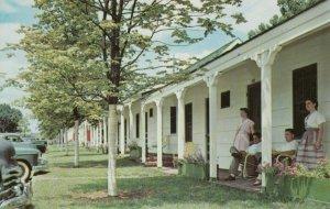 NASHVILLE , Tennessee , 50-60s ; Alamo Plaza Courts