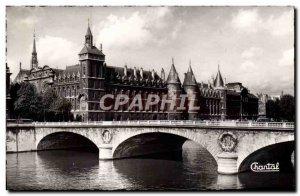 Modern Postcard Paris La Conciergerie And Bridge In Change