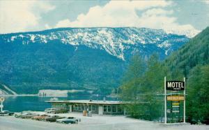 Monashee Dining Room and Coffee Shop, Three Valley Motel, REVELSTOKE, British...