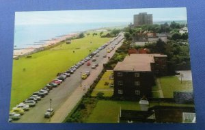 Vintage Postcard The Greensward And Beach Frinton-On-Sea Essex Posted 1972  F1B