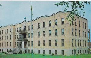 STE. ANNE, Quebec, Canada, 1940-1960's; Mont Laurier