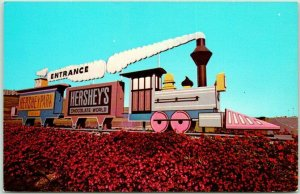 1970s Hershey, Pennsylvania Postcard HERSHEYPARK Amusement Park Entrance Sign