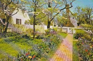 Virginia Williamsburg Taliaferro-Cole Garden 1986
