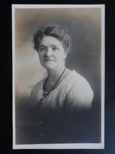 Studio Portrait: A Women - Old RP Postcard Pub Jno Emberson, Wimbledon