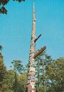 Canada The Worlds Tallest Totem Pole Beacon Hill Park Victoria British Columbia