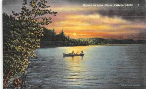 ID, Idaho   LAKE COEUR D'ALENE  Couple in Rowboat at SUNSET   c1940's Postcard