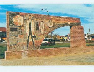Unused Pre-1980 MONUMENT SCENE Medicine Hat Alberta AB F1530