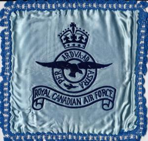 Royal Canadian Air Force , Pillow Cover 10-30s ; Blue ; embroidered: PER ARD...