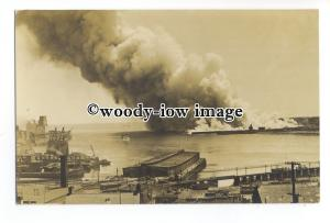 su3213 - Fire at West St Johns Docks , New Brunswick Canada June 1931 - postcard