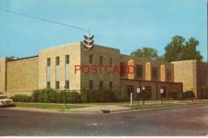 FIRST BAPTIST CHURCH, PINE BLUFF, ARKANSAS circa 1955