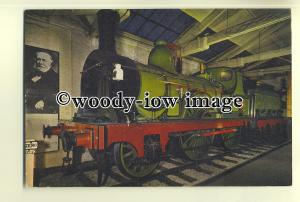 ry995 - North Eastern Railway Engine no 910 - postcard