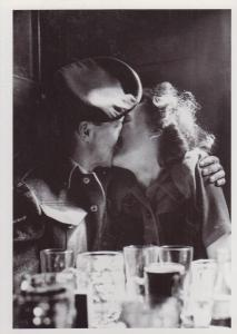 WW2 Military War Soldier & Women Lover Celebrate VE Day Kissing Beer Postcard