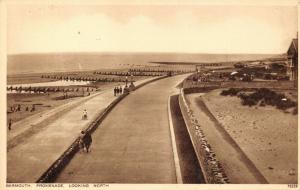 Vintage Postcard BARMOUTH Promenade Looking North, Wales 13V