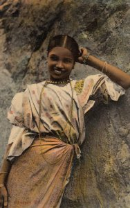 Kandyan Girl , CEYLON , 00-10s