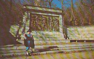 Massacusetts Cape Cod Provincetown The Town Crier Pilgrim Memorial Monument