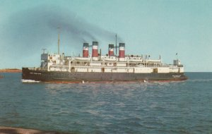 BORDEN , Prince Edward Island , 50-60s ; S.S. PRINCE EDWARD ISLAND