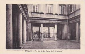 Italy Milano Cortile della Casa degli Omenoni