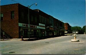 Leon Iowa~Go Only One Way on Main Street~Ben Franklin 5&10~Coast-to-Coast~c1962