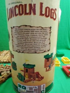 Vintage Lincoln Logs ~ Real Wood ~ 136 Pieces ~ Frontier Explorer
