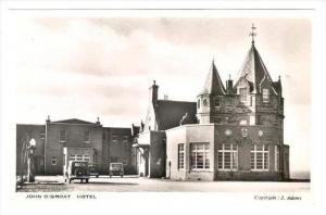 RP  John O'Groat Hotel , Scotland, UK, 30-40s