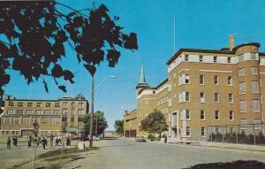Rimouski , Quebec , Canada , 40-60s : L'Ecole de Commerce