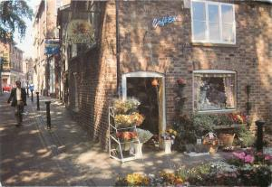 GOOSE GREEN ALTRINCHAM CHESHIRE Postcard Wentworth's Cafe Bar Flowers