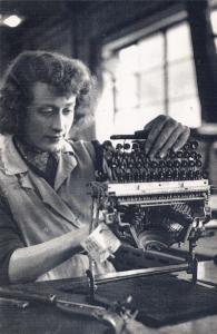 Nostalgia Postcard Olivetti Typewriter Factory Glasgow August 1955 Repro NS1