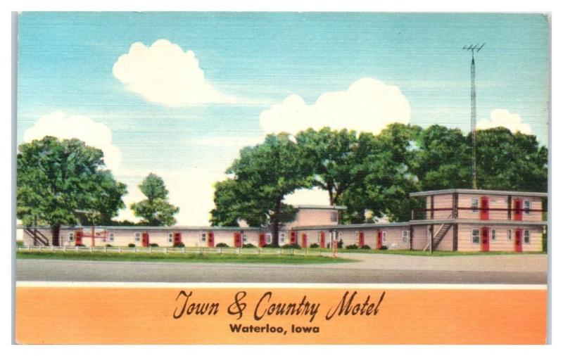 Mid-1900s Town and Country Motel, Waterloo, IA Postcard