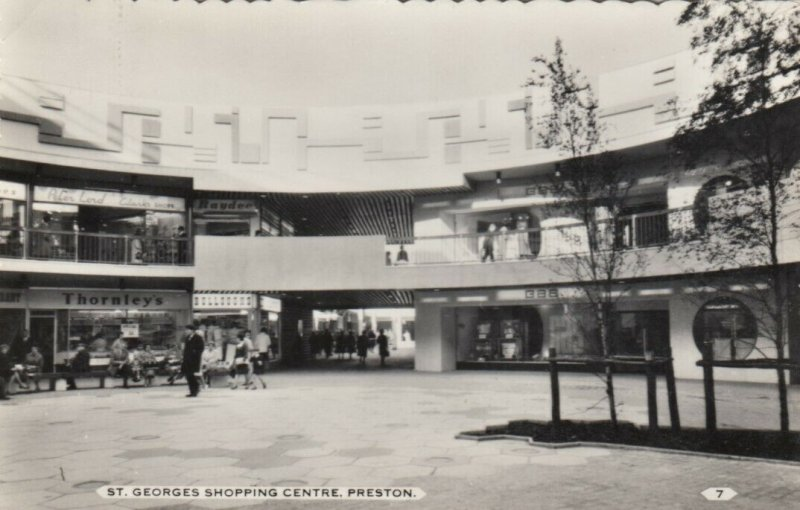 RP: PRESTON , England , 1966 ; St. Georges Shopping Centre