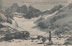 Glacier Freydane and Three Peaks near Grenoble, France - pm 1920 - DB