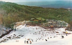 Tennessee Gatlinburg Skiers On The Slopes Of Mount Harrison
