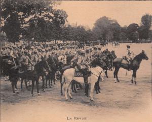 LA REVUE FRENCH MILITARY BERGERT PUBLISHED POSTCARD 1900s